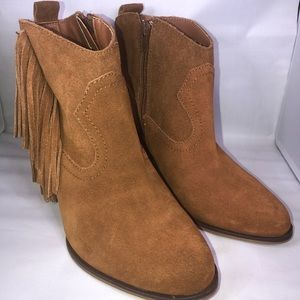 Steve Madden   Ohio Brown Suede Ankle Boots Size 8